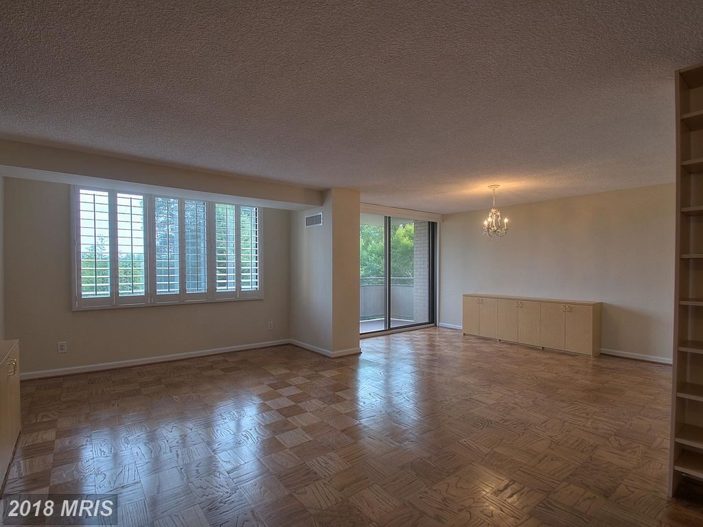 Photo for 5225 POOKS HILL RD #608S, BETHESDA, MD 20814 (MLS # MC10054335)