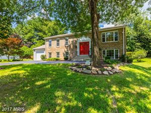 Photo of 15308 BUNCHBERRY CT, NORTH POTOMAC, MD 20878 (MLS # MC9991374)