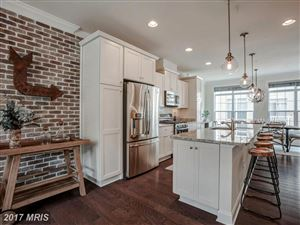 Photo of 315 UPTON CT N, ARLINGTON, VA 22203 (MLS # AR10011382)