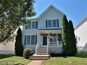 Photo of 43073 EDGEWATER ST, CHANTILLY, VA 20152 (MLS # LO10012386)