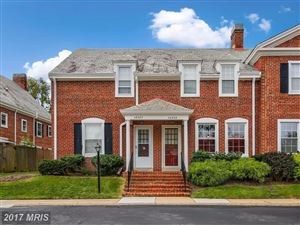 Photo of 4632 36TH ST S #B, ARLINGTON, VA 22206 (MLS # AR10058393)