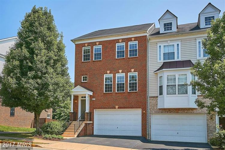 Photo for 6895 ROLLING CREEK WAY, ALEXANDRIA, VA 22315 (MLS # FX9979396)