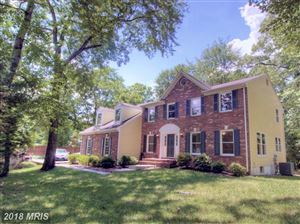 Photo of 563 MALCOLM RD NW, VIENNA, VA 22180 (MLS # FX10096408)