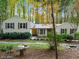 Photo of 11801 QUARTER HORSE CT, OAKTON, VA 22124 (MLS # FX10092414)