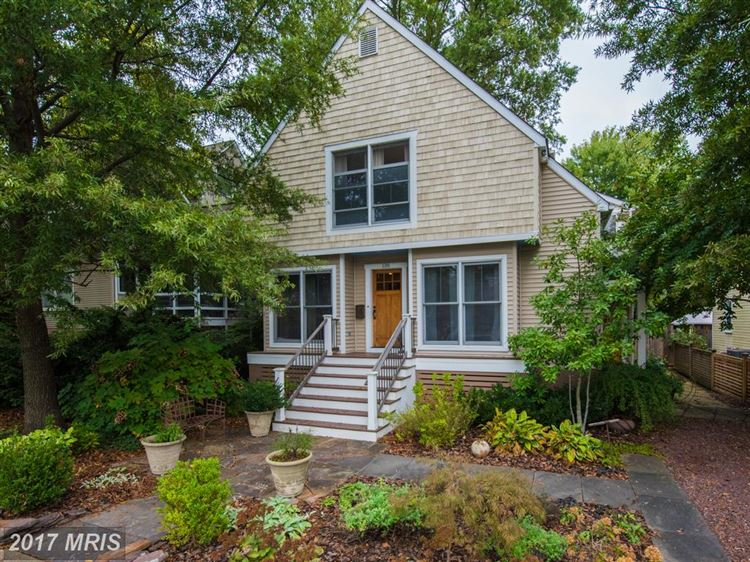 Photo for 136 ARCHWOOD AVE, ANNAPOLIS, MD 21401 (MLS # AA10080426)
