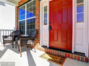 Photo of 712 CRAWFORDS KNOLL CT, ODENTON, MD 21113 (MLS # AA10052464)