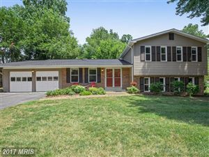Photo of 9817 GOLDEN RUSSET DR, DUNKIRK, MD 20754 (MLS # CA9992473)