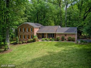 Photo of 927 WELHAM GREEN RD, GREAT FALLS, VA 22066 (MLS # FX10050479)