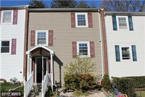 Photo of 5025 TIBBITT LN, BURKE, VA 22015 (MLS # FX10078510)