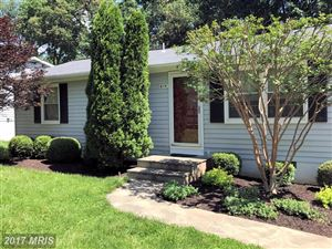 Photo of 614 YORK LN SE, LEESBURG, VA 20175 (MLS # LO9973521)