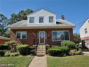 Photo of 1418 QUEEN ST S, ARLINGTON, VA 22204 (MLS # AR9969523)