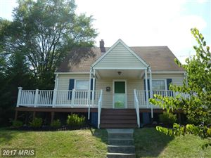 Photo of 305 MILLWOOD AVE, WINCHESTER, VA 22601 (MLS # WI9919538)