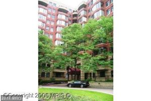Photo of 2400 CLARENDON BLVD #808, ARLINGTON, VA 22201 (MLS # AR9878579)