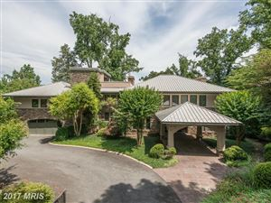 Photo of 7022 GREEN OAK DR, McLean, VA 22101 (MLS # FX8314584)