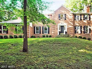 Photo of 7000 LOCH EDIN CT, POTOMAC, MD 20854 (MLS # MC9972613)