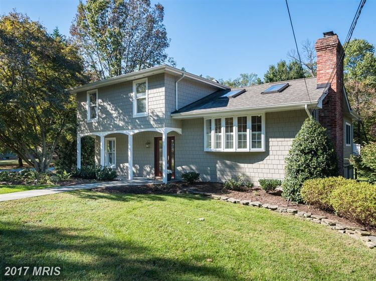 Photo for 1532 CIRCLE DR, ANNAPOLIS, MD 21409 (MLS # AA10080614)