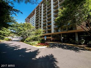 Photo of 3800 POWELL LN #814, FALLS CHURCH, VA 22041 (MLS # FX10057623)