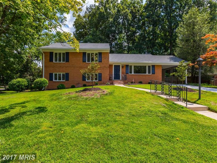 Photo for 10315 CHESHIRE TER, BETHESDA, MD 20814 (MLS # MC10029633)