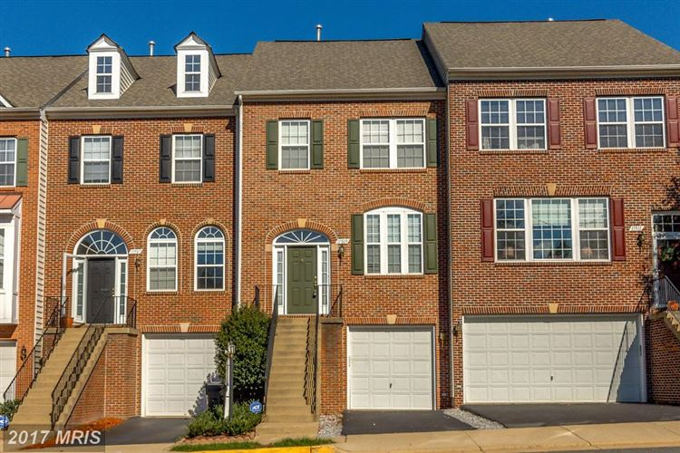 Photo for 11509 CAVALIER LANDING CT, FAIRFAX, VA 22030 (MLS # FX10055636)