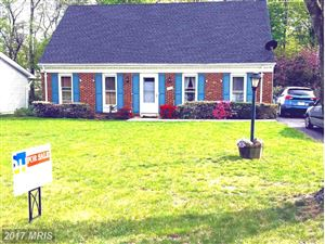 Photo of 1112 MAPLE AVE, STERLING, VA 20164 (MLS # LO9922637)