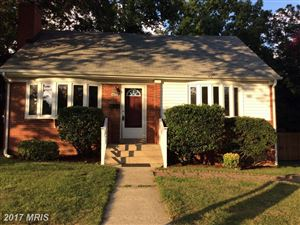 Photo of 405 GEORGE MASON DR, ARLINGTON, VA 22204 (MLS # AR10041644)