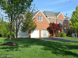 Photo of 13361 HORSEPEN WOODS LN, HERNDON, VA 20171 (MLS # FX10082644)