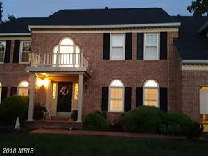 Photo of 5803 FAIRVIEW WOODS DR, FAIRFAX STATION, VA 22039 (MLS # FX10018676)