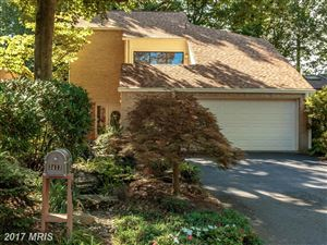 Photo of 3413 WHITE OAK CT, FAIRFAX, VA 22030 (MLS # FC10091683)