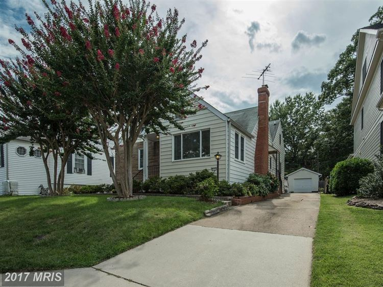 Photo for 1032 DANVILLE ST N, ARLINGTON, VA 22201 (MLS # AR10030698)