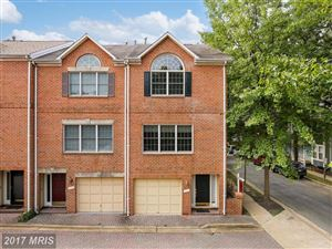 Photo of 1111 UTAH ST N, ARLINGTON, VA 22201 (MLS # AR10035700)