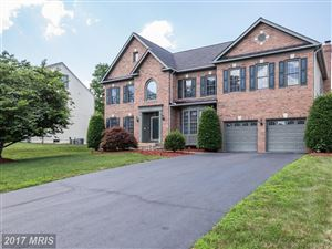 Photo of 5602 WILLOW CROSSING CT, CLIFTON, VA 20124 (MLS # FX9989705)