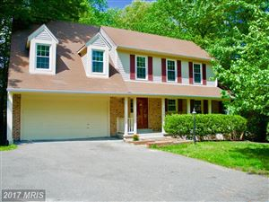 Photo of 8036 OAK HOLLOW LN, FAIRFAX STATION, VA 22039 (MLS # FX9970743)