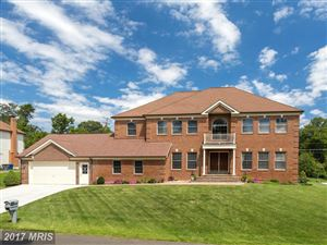 Photo of 4000 DOWNING ST, ANNANDALE, VA 22003 (MLS # FX10039751)