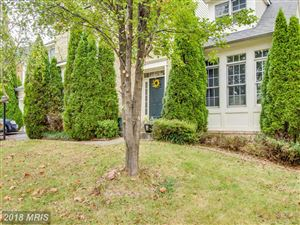 Photo of 21233 HICKORY FOREST WAY, GERMANTOWN, MD 20876 (MLS # MC10102780)