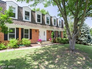 Photo of 9101 STREAMVIEW LN, VIENNA, VA 22182 (MLS # FX10023789)