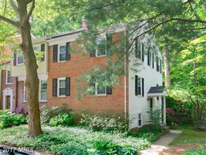 Photo of 8395 UXBRIDGE CT, SPRINGFIELD, VA 22151 (MLS # FX9979831)
