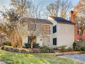 Photo of 10901 KNIGHTS BRIDGE CT, RESTON, VA 20190 (MLS # FX10105833)