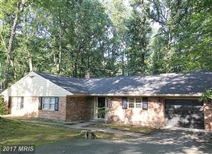 Photo of 1426 HIGHWOOD DR, McLean, VA 22101 (MLS # FX10039843)
