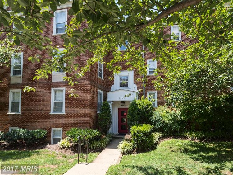 Photo for 3700 39TH ST NW #D178, WASHINGTON, DC 20016 (MLS # DC10014883)