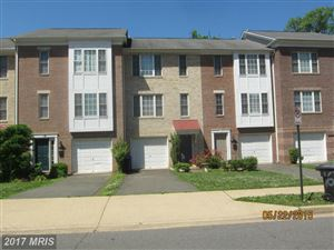 Photo of 1628 TAYLOR ST, ARLINGTON, VA 22204 (MLS # AR9923891)