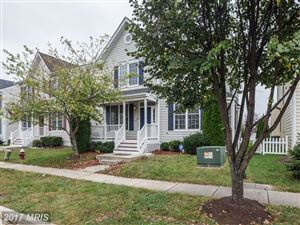 Photo of 42484 MANDOLIN ST, CHANTILLY, VA 20152 (MLS # LO10081892)