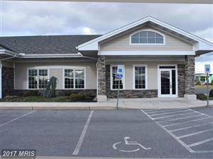 Photo of 30 Parkwood DR, CHAMBERSBURG, PA 17201 (MLS # FL10108905)