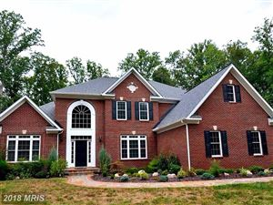 Photo of 8108 SPRUCE VALLEY LN, CLIFTON, VA 20124 (MLS # FX10006920)