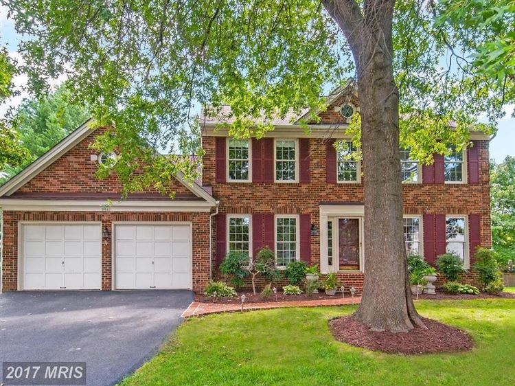 Photo for 2661 MEADOW HALL DR, HERNDON, VA 20171 (MLS # FX10029941)