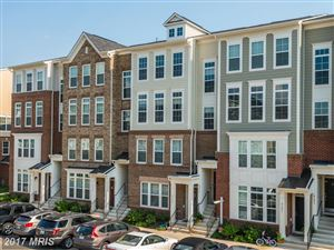 Photo of 43577 HELMSDALE TER, CHANTILLY, VA 20152 (MLS # LO10009942)
