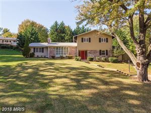Photo of 3704 SPRUCEDALE DR, ANNANDALE, VA 22003 (MLS # FX10090948)