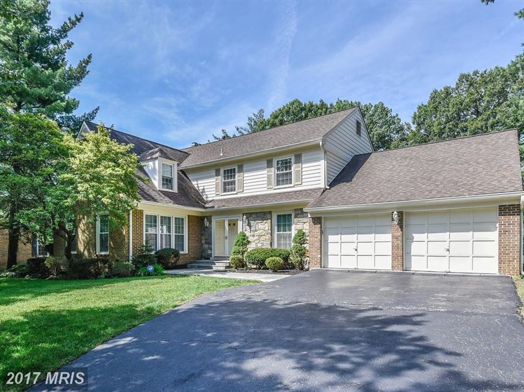 Photo for 7533 PEPPERELL DR, BETHESDA, MD 20817 (MLS # MC9979951)