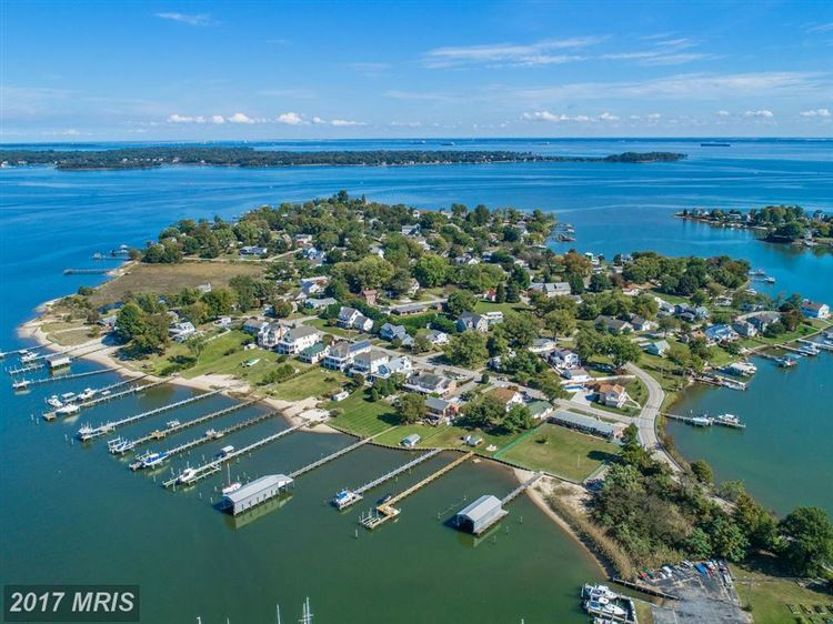Photo for 3738 BAY DR, EDGEWATER, MD 21037 (MLS # AA10079981)