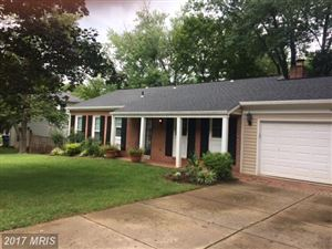 Photo of 1821 MIDLOTHIAN CT, VIENNA, VA 22182 (MLS # FX10073982)