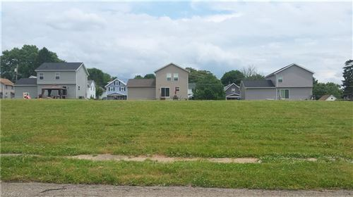 Photo of v-l 26th St, Barberton, OH 44203 (MLS # 3914273)